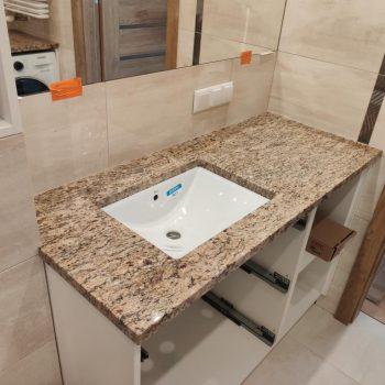 Blat łazienkowy z granitu ORO BRAZIL