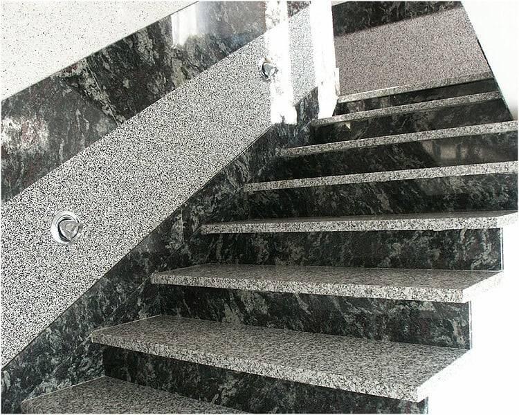 Kamienne schody z granitu AMADEUSZ + TARN
